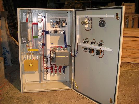 Шкаф разгона синхронного двигателя экскаватора